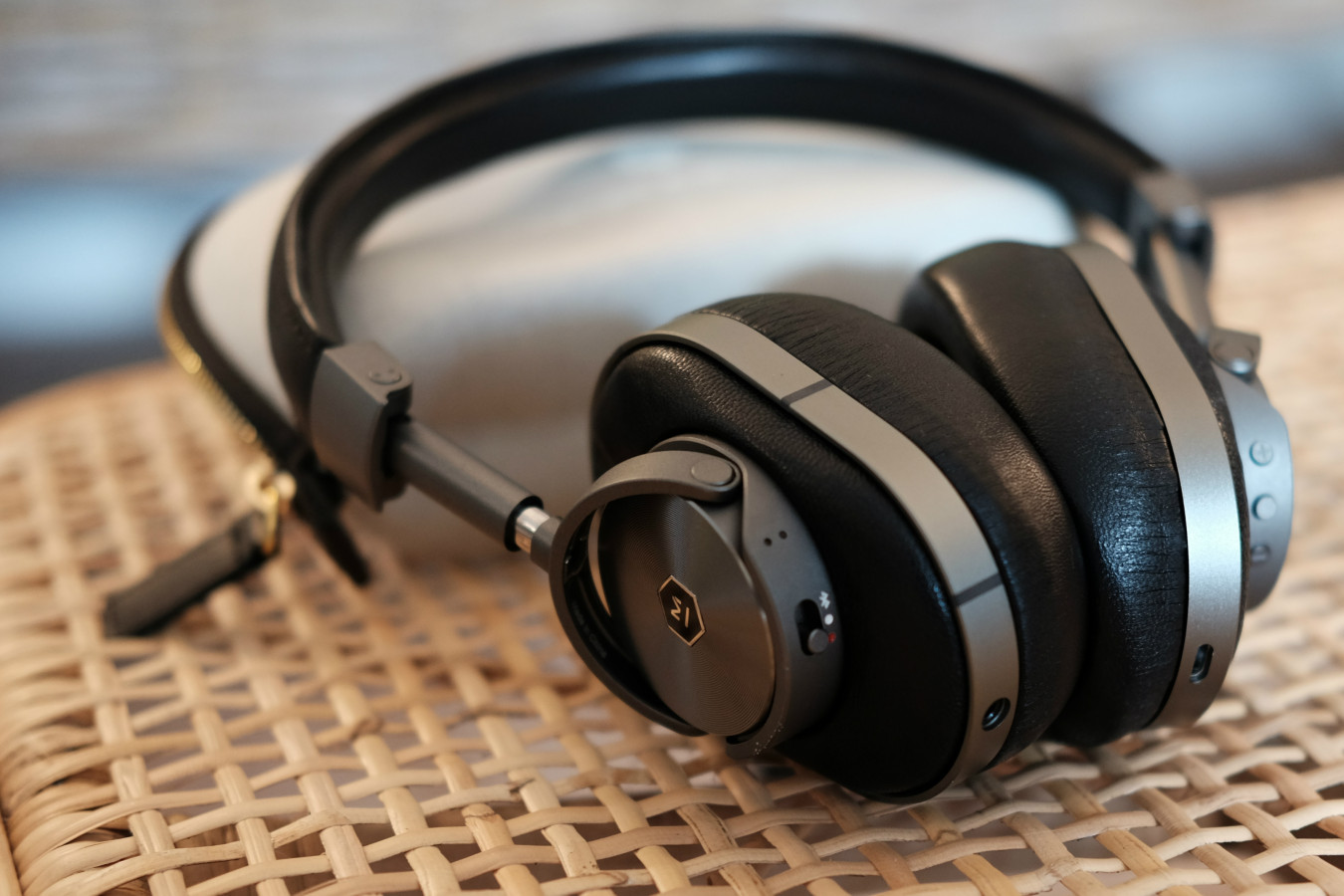 Master & Dynamic MW60 deliver roomy soundstage and vivid, fine aural detail