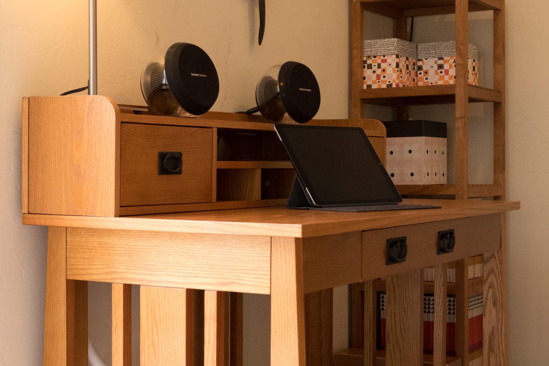 Belham Hutch and Desk Set